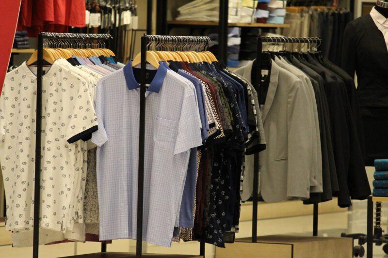 Smart Causal – wybierz koszulki polo